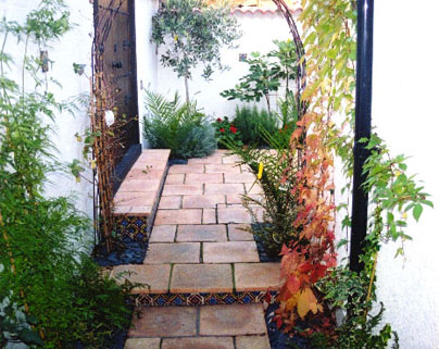 Doorways typical spanish revival styleimagerealtor for Spanish garden designs